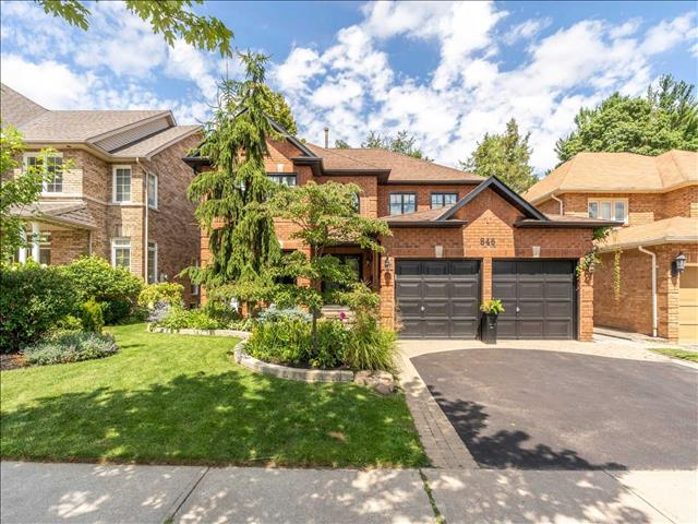 846 Darwin Dr Pickering