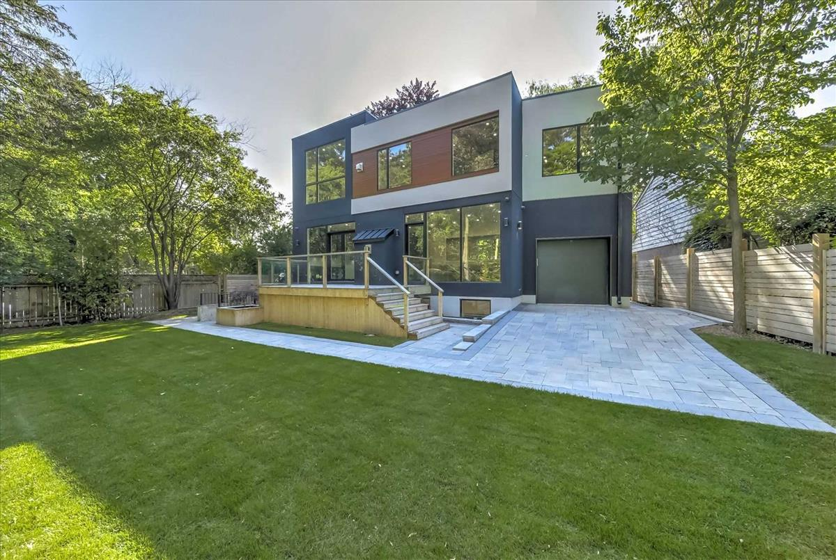 30 Plateau Cres Toronto Walter Wallace